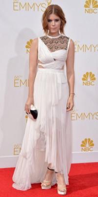 Kate Mara : Emmy Awards 2014 : elle se la joue black and white !