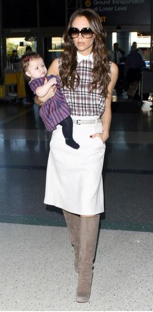 Où shopper les bottes de Victoria Beckham en moins cher ?