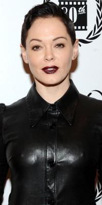 Rose McGowan VS Allison Williams : qui porte le mieux le make-up dark ?