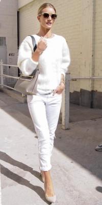 Rosie Huntington-Whiteley : elle déchire en total look blanc !