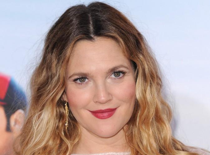 Beauté : Drew Barrymore : l'actrice sort 3 parfums pour sa ligne de cosmétiques Flower !