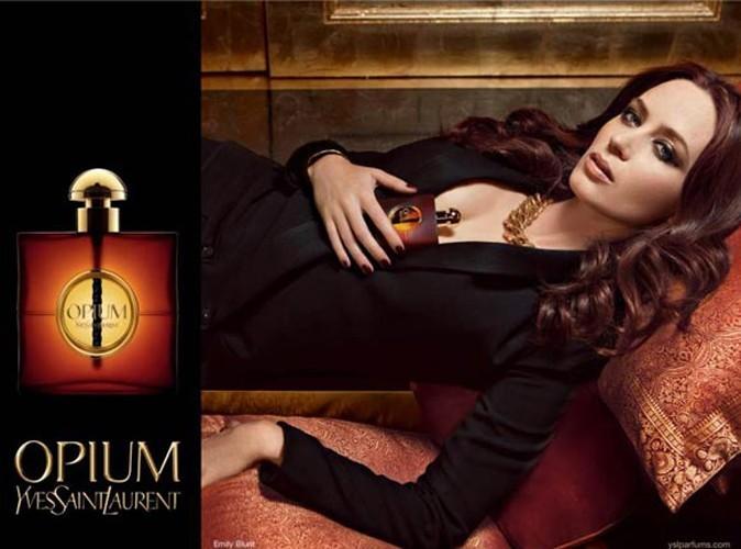 Beauté : Emilie Blunt sensuelle pour l'Opium d'YSL ! (réactualisé)