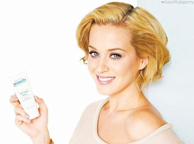 Beauté : Katy Perry, une blondinette glamour pour ProActiv !