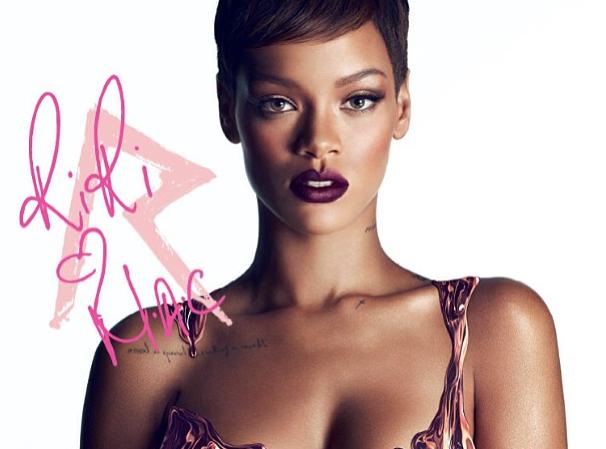 Beauté : Rihanna : irrésistiblement glamour pour M.A.C !