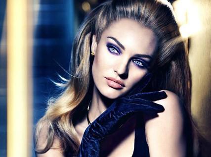 Candice Swanepoel, une vraie star Hollywoodienne pour la marque de cosmétiques Max Factor