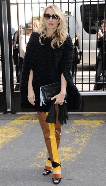 Alexandra Golovanoff chez Maxime Simoens - Fashion week automne-hiver 2013/14