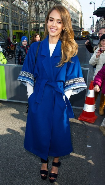 Jessica Alba chez Kenzo - Fashion week automne-hiver 2013/14
