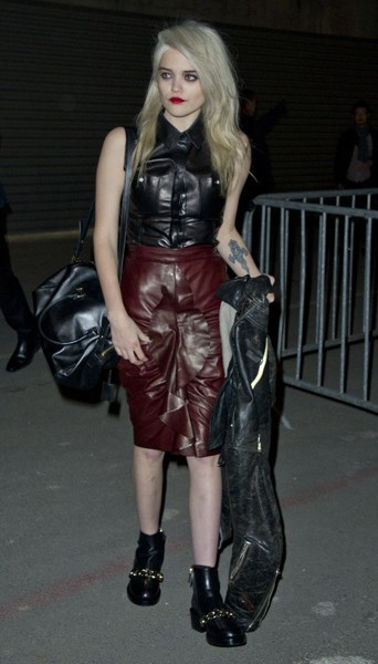 Sky Ferreira chez Givenchy - Fashion week automne-hiver 2013/14