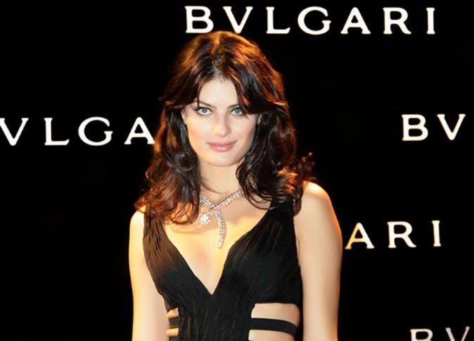 Isabeli Fontana, la bomba latina devient égérie de la dernière fragrance de Bvlgari !