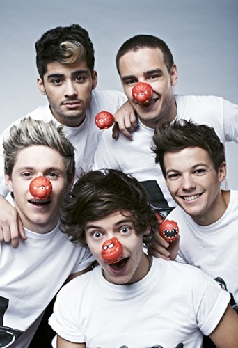 Les Onne Direction pour le Red Nose Day de Comic Relief.