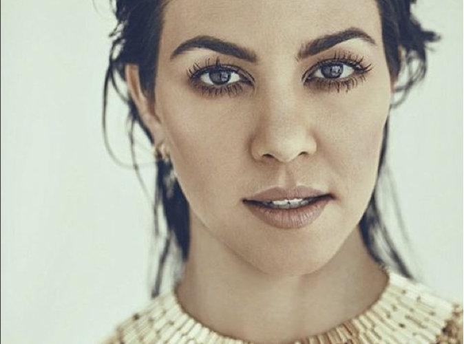 """Kourtney Kardashian : """"Couvrez-vous le corps de miel (…) ça attire les hommes"""""""