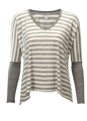t-shirt loose blanc et gris !