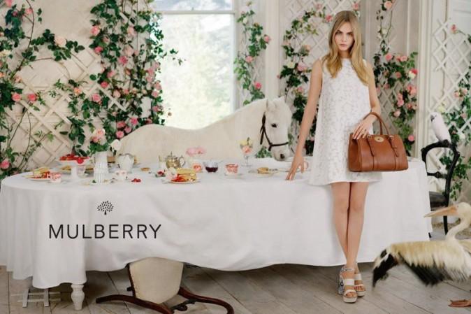 Mode : Cara Delevingne : étonnamment douce pour la campagne printemps-été de Mulberry !