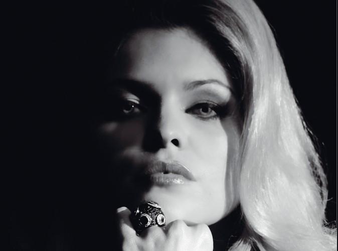 Mode : Célyne Durand est l'égérie mystérieuse des bijoux Edouard Nahum