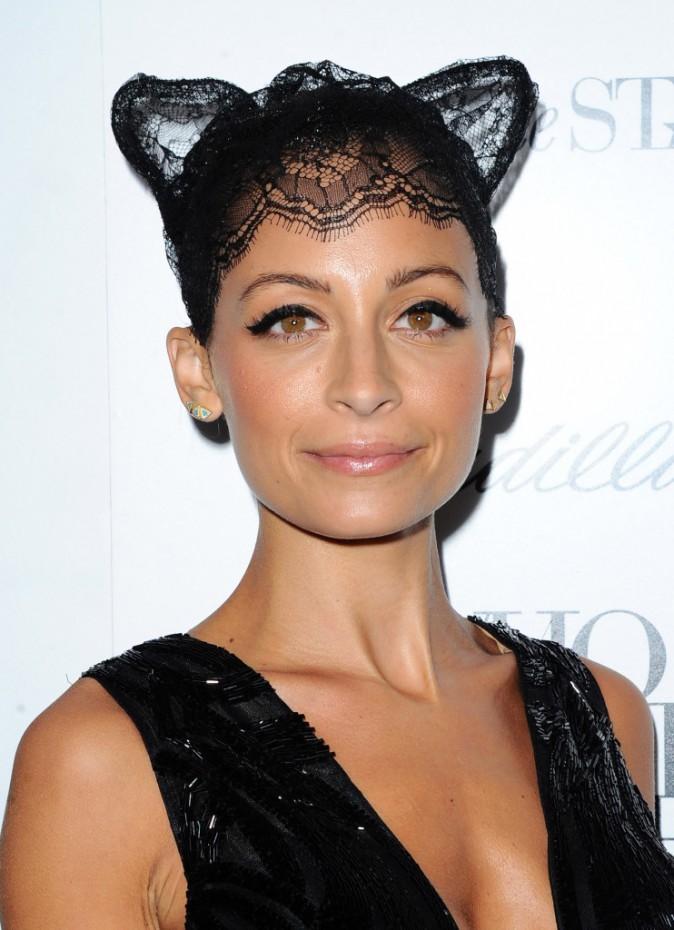 Nicole Richie et ses oreilles de chat Maison Michel