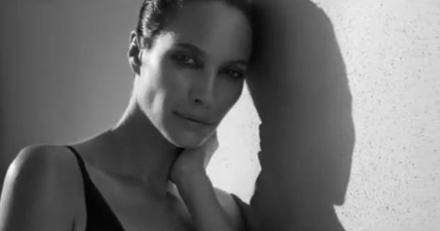Mode : Christy Turlington, sa vidéo pour Calvin klein dévoilée !