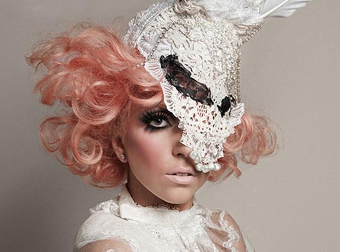"Mode : Lady gaga, sacrée ""icône de la mode"" aux CFDA Fashion Awards"