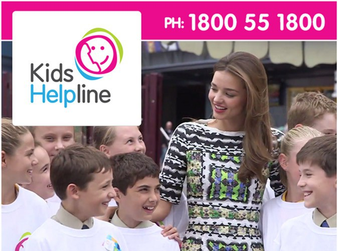 "Mode : Miranda Kerr : ""je suis fière d'être ambassadrice de Kids Helpline !"""