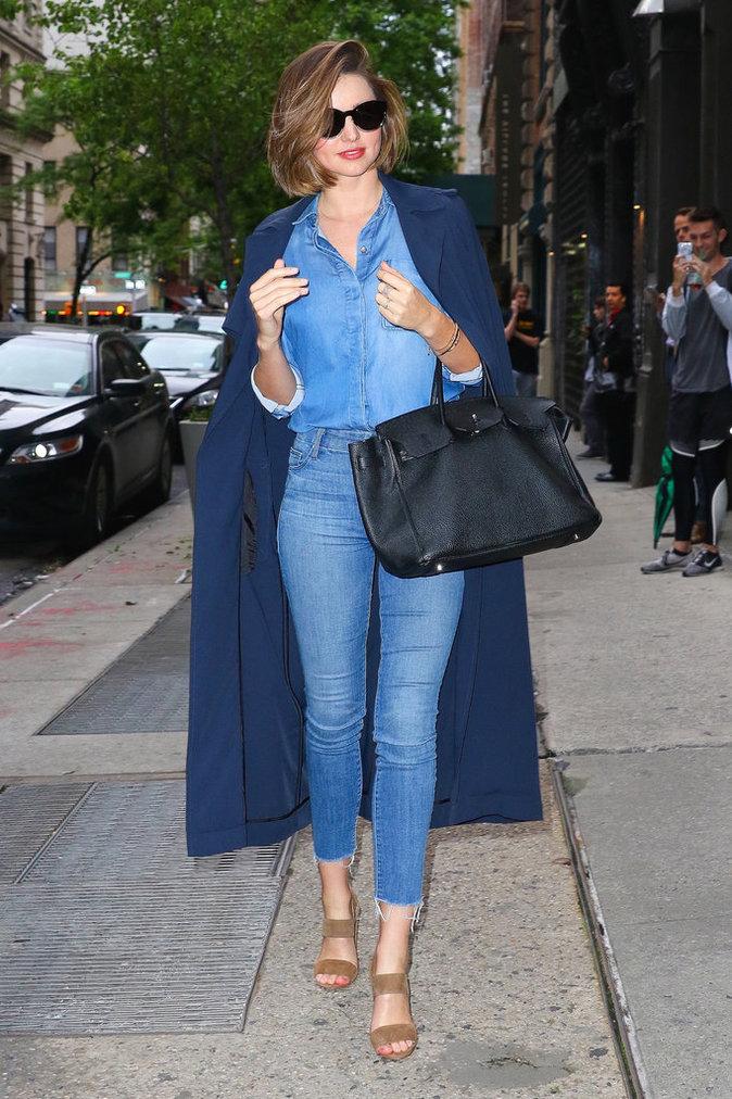 Photos : Miranda Kerr le pantacourt en jean fait des émules !