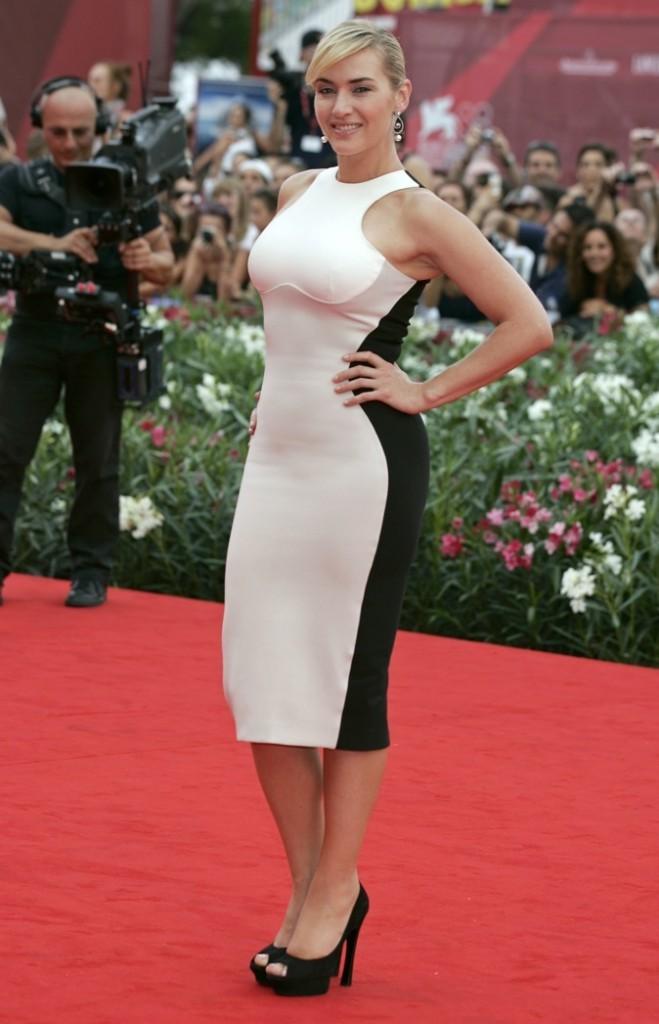 Kate Winslet, sur le red carpet, elle sort ses plus beaux atouts !