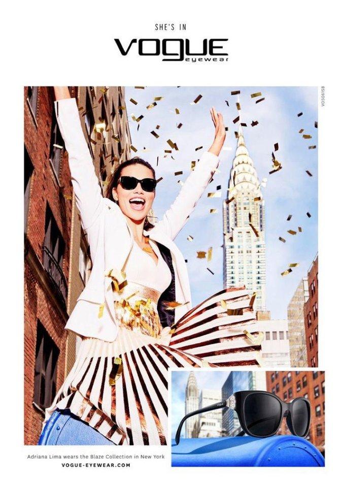 Adriana Lima : une nouvelle campagne qui en met plein la vue !