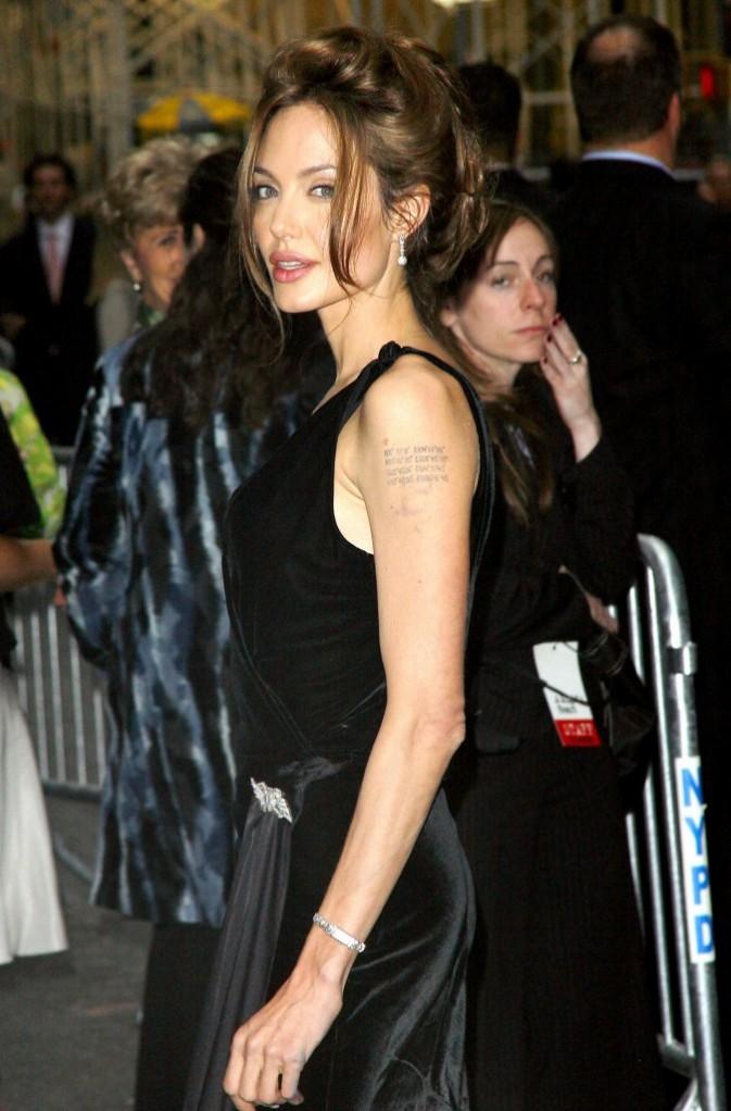 Angelina Jolie à l'avant première du film Un coeur invaincu !