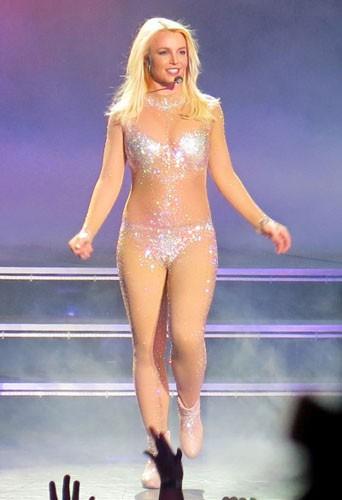 Britney Spears le 7 février 2014, toujours blonde !