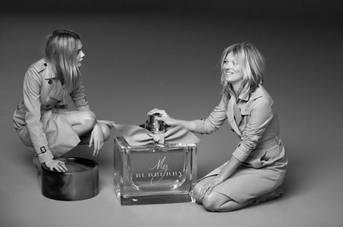 Cara Delevingne et Kate Moss pour Burberry