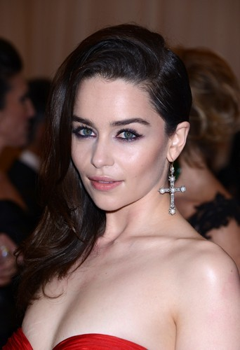 La découverte internationale la plus sexy : Emilia Clarke