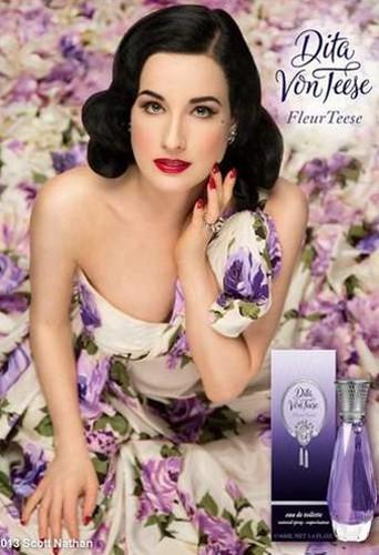 Dita Von Teese annonce son nouveau parfum !