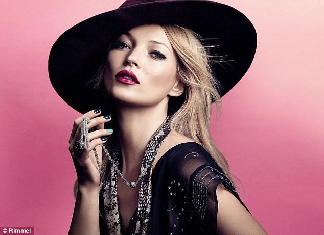 Sublime, elle nous dévoile sa future collection de cosmétique... On a hâte !