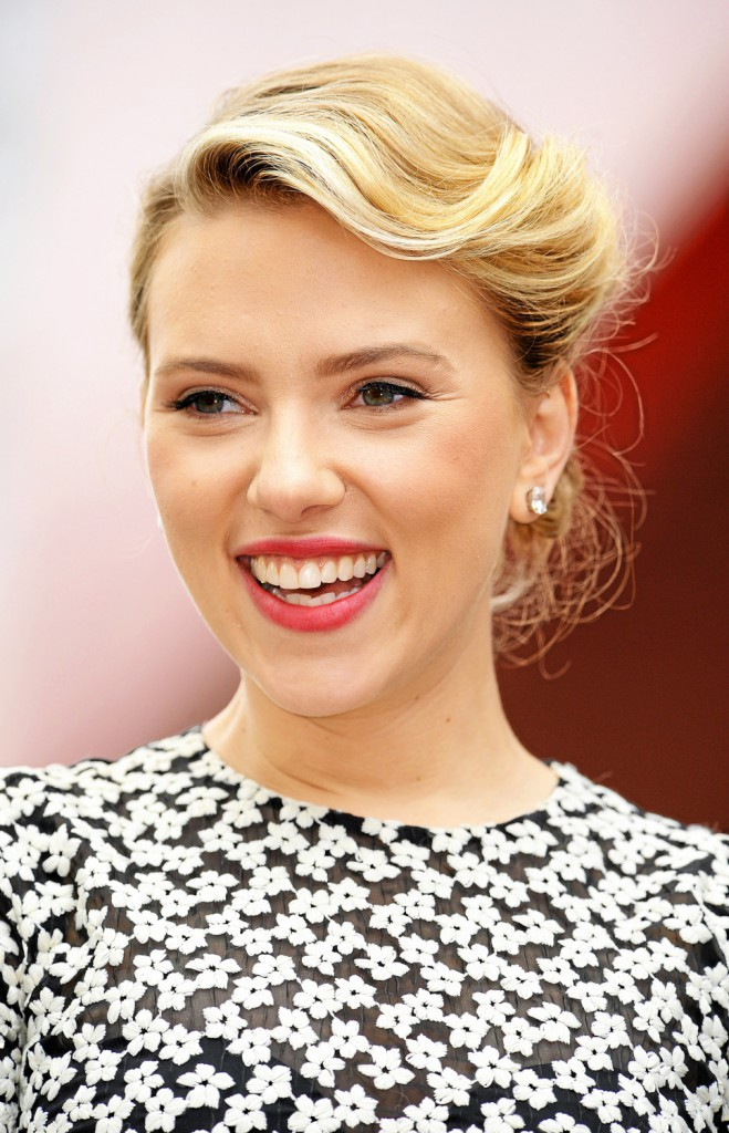 Scarlett Johansson : le brossage trois fois par jour obligatoire !