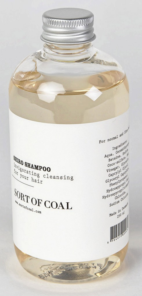 Shampooing Shiro, Sort of coal sur parfaites.fr 20 €