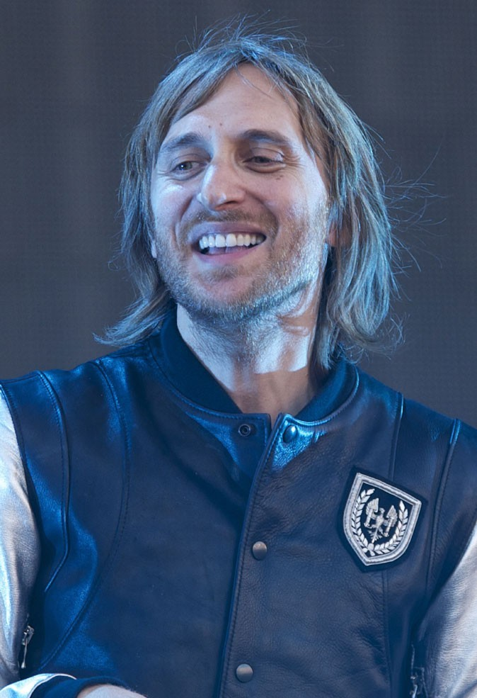 Les cheveux mi-longs de David Guetta !