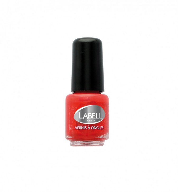 Vernis rouge, Labell 3,50 €