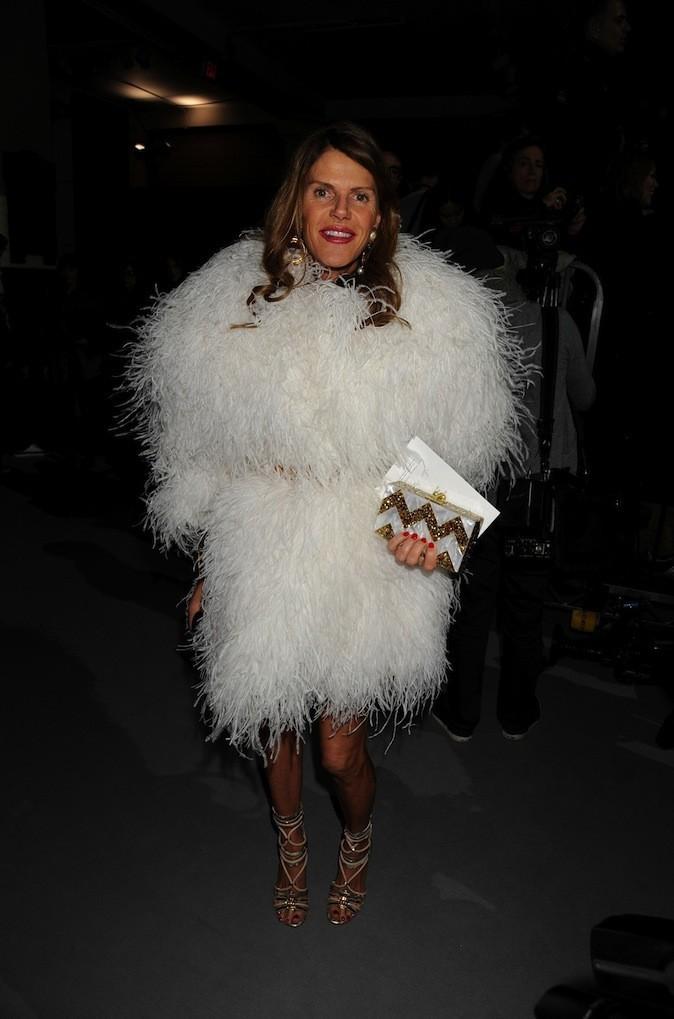 Anna Dello Russo s'habille en poule géante