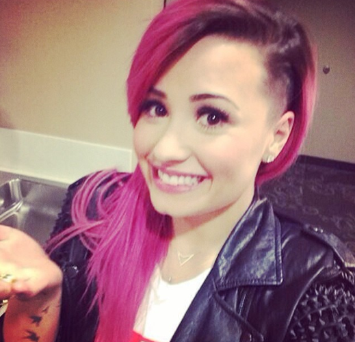 Rose addict' : Demi Lovato !