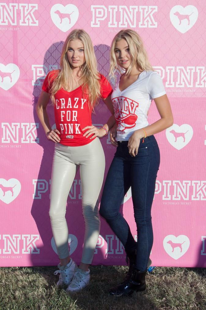 Elsa Hosk et son amie lors de la promotion de la ligne Victoria's Secret PINK