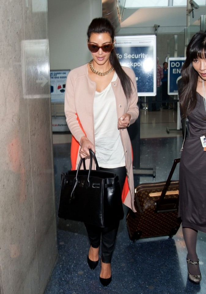2012: Miss Kim à l'aéroport !