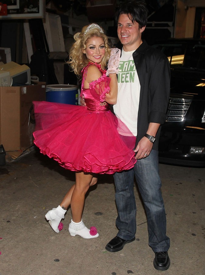 Nick Lachey et Kelly Rippa, concours de Miss!
