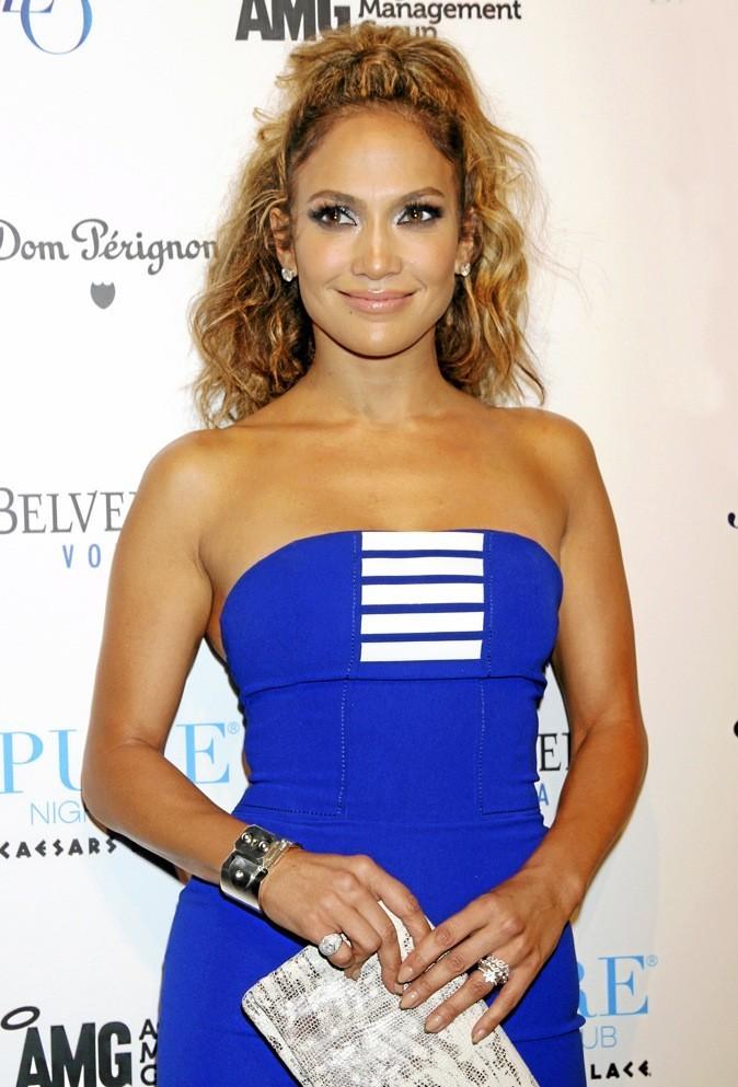 L - Jennifer Lopez !