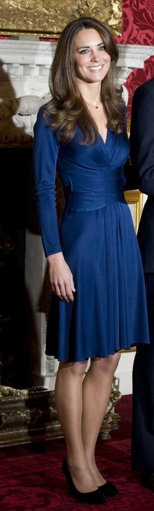 Kate Middleton, radieuse dans sa robe Issa !