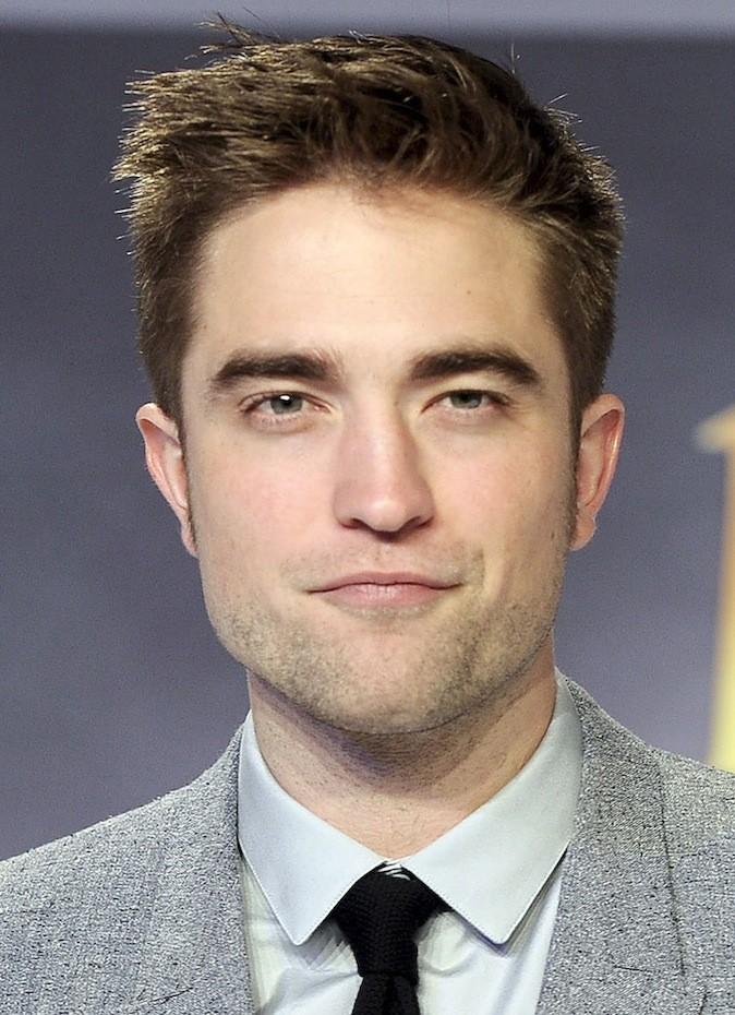 La mâchoire de Robert Pattinson