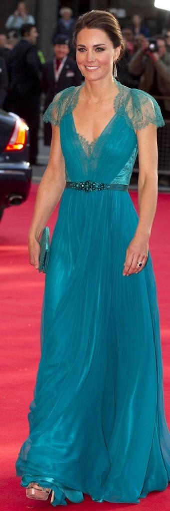 La duchesse en robe turquoise pour la soirée spécial J.O au Royal Albert