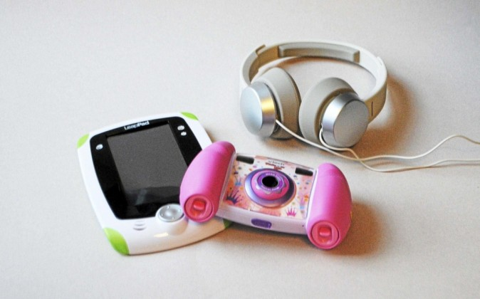 Tablette tactile éducative LeapPad 89,99 € / Le casque RP-HXD3 Panasonic 39,90 € / Appareil photo, VTech Kidizoom 54,99 €