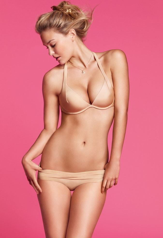Photo : Bar Refaeli en lingerie Delight Perfect Nude Passionata