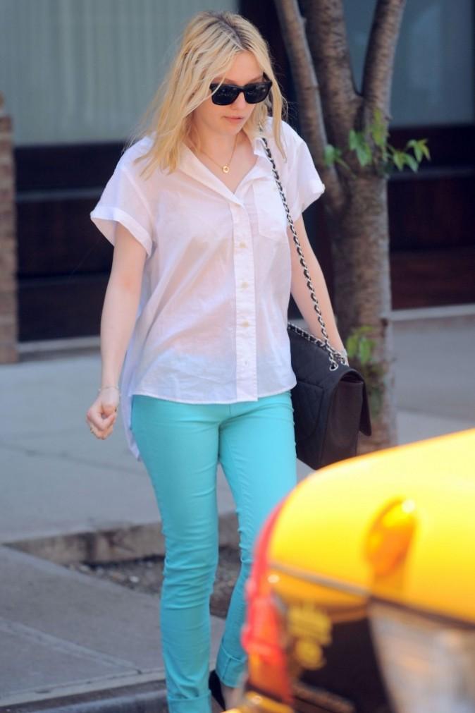 Juin 2010 : un jean turquoise pile dans la tendance
