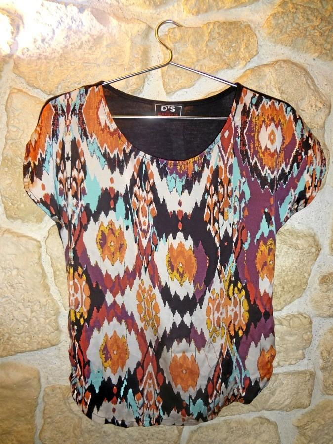"""T shirt imprimé """"ikat"""". Naf naf. 35€"""