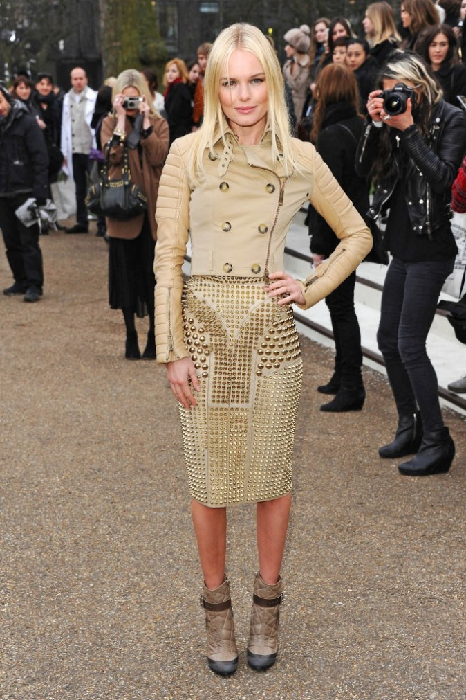 Kate Bosworth en trench clouté Burberry