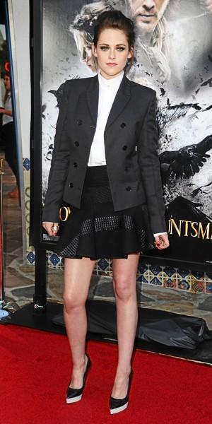 Kristen Stewart : Black & white classique.